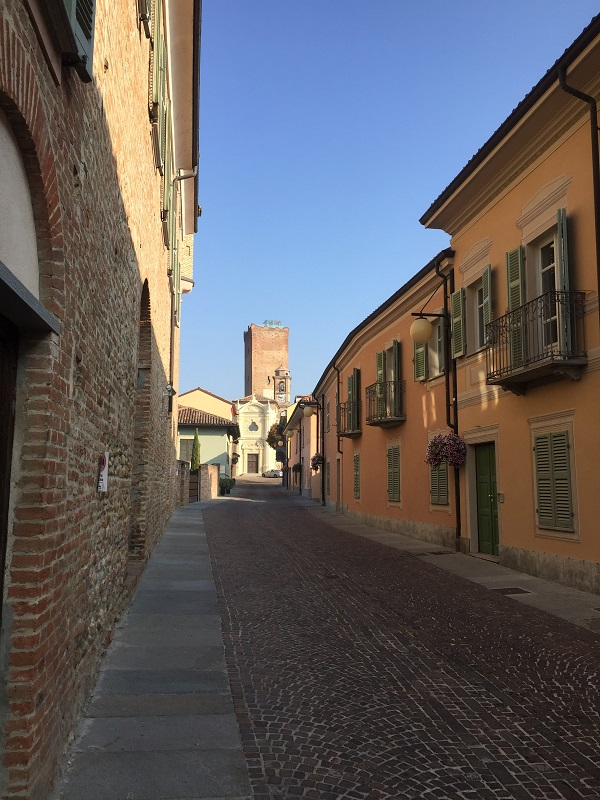 Barbaresco main street