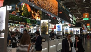 ProWein: neophysics and the art of vast wine events