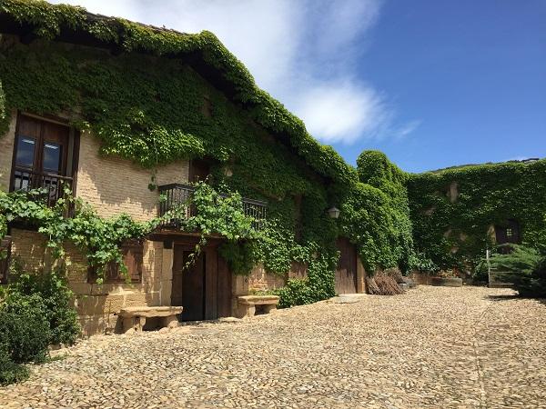 Contino winery courtyard