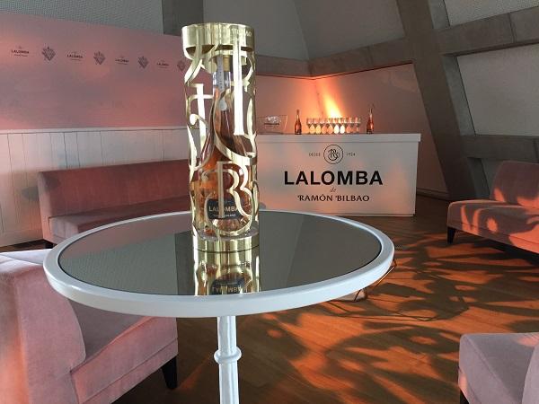 Lalomba premium rose lounge