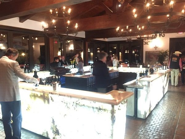 DAOU Vineyards tasting bar